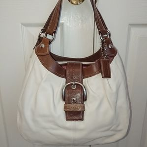 EUC Coach Soho Lynn Smooth Leather Hobo
